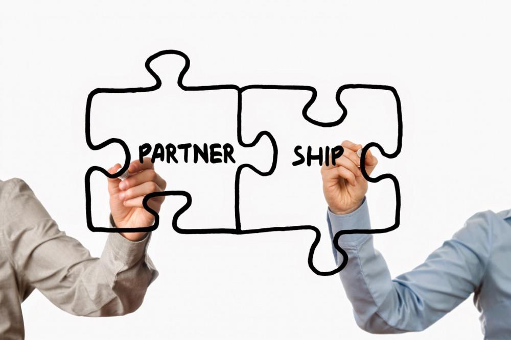 لماذا عليك أن تبني الشراكات في مشروعك؟